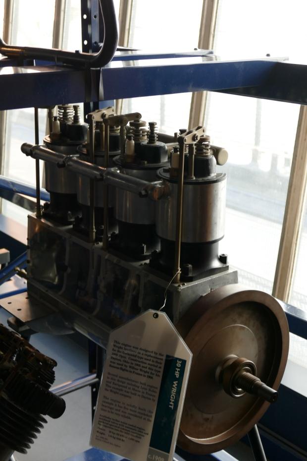 The latter 1906 upright Wright engine.