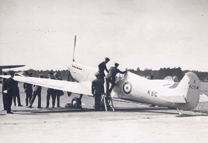 The Spitfire Prototype being inspected by King Edward VII in 1936. - Image from: https://www.flickr.com/photos/27862259@N02/6071115474/in/album-72157627505954248/