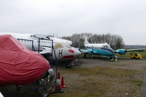 The Venom, Vampire and Heron outside the hangar.