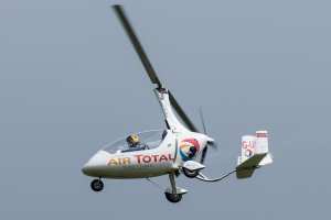 Autogyro during a surprisingly sprightly display.