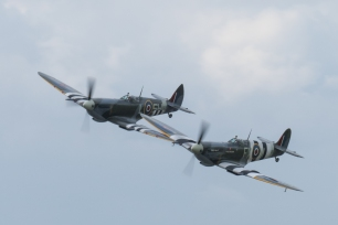 TA805 leads MK912 in a formation pass at Biggin Hill.