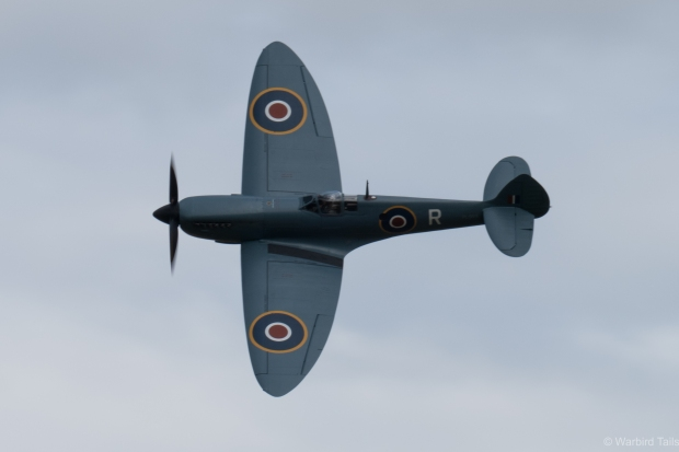 Peter Teichman's Mk. XI Spitfire being put through its paces.