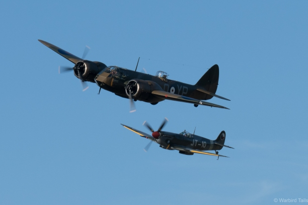 SL633 in a wonderful formation with the Blenheim.