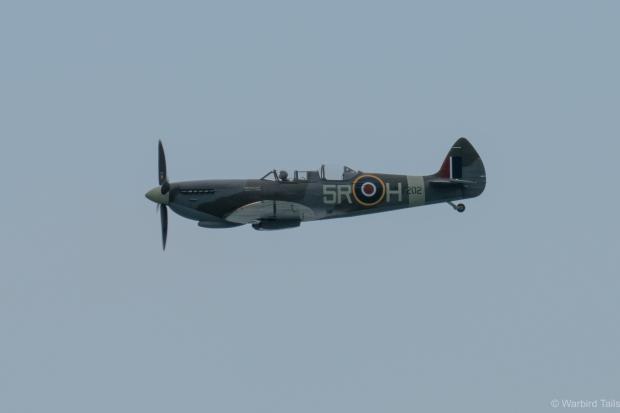 John Romain puts Spitfire T IX PV202 through its paces.