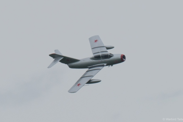 The subdued display still featured plenty of topside passes showing of this little fighter's lines.