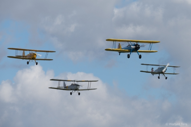 The bi-plane trainer formation.